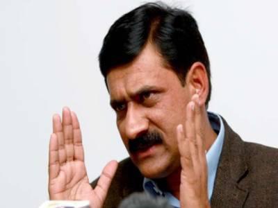 گولی لگنے سے جب ان کی بیٹی گری تو پورا پاکستان اٹھ کھڑا ہوا، ملالہ کی صحت سے مطمئن ہیں۔ ملالہ یوسف زئی کے والد