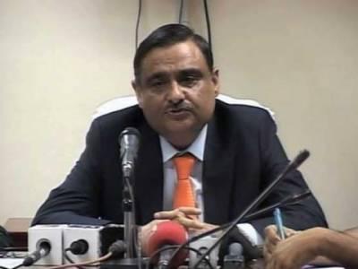 مشیر پٹرولیم ڈاکٹرعاصر حسین نے سی این جی اسٹیشنز کی بندش کا نوٹس لیتے ہوئے کہا ہے کہ ایسےاسٹیشنز کے لائسنس منسوخ کردیے جائیں گے۔