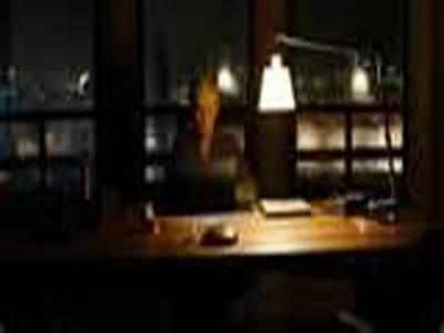 ،جیمزبانڈ کی نئی فلم سکائی فال نے تینتیس ملین ڈالرزکا ریکارڈ بزنس کرکے باکس آفس پردھوم مچادی ہے