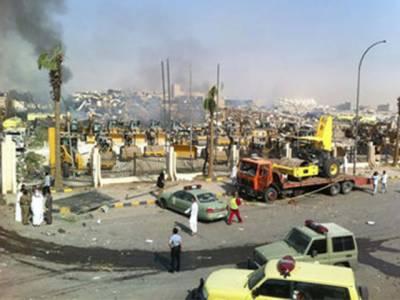 سعودی عرب کے دارالحکومت ریاض میں پٹرول اسٹیشن کے قریب کھڑے آئل ٹینکرمیں دھماکہ, چودہ افراد جاں بحق اورساٹھ زخمی۔