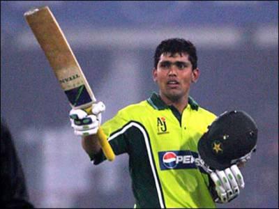 پاکستان اور بھارت کی کرکٹ ٹیمیں ہم پلہ ہیں اس لئیے سیریزمیں کسی بھی ٹیم کو جیت کے لئے فیورٹ قرار نہیں دیا جا سکتا۔ کامران اکمل