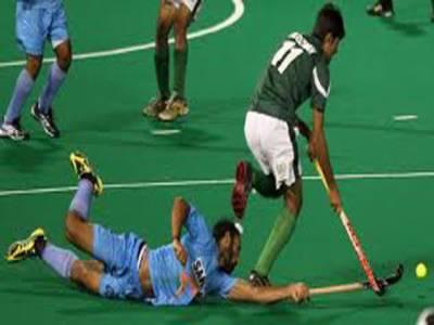 سپر ہاکی لیگ: پاکستان کو مسلسل تیسری شکست۔ بھارت نے پاکستان کو ایونٹ میں دو کے مقابلے میں پانچ گول سے زیر کر کے ایونٹ کی واحد کامیابی حاصل کی ۔