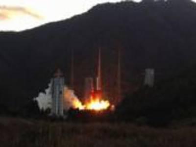 چین نےفرانسیسی ساختہ مواصلاتی سیارہ کامیابی سے خلاء میں روانہ کردیا۔