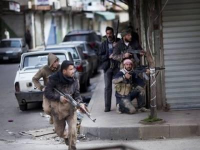 شام میں دارالحکومت دمشق کےقریب باغیوں اورفورسزکےدرمیان شدید لڑائی کا سلسلہ جاری۔