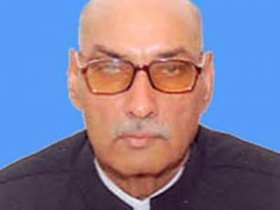 پیپلزپارٹی کے سینیٹر ملک صلاح الدین ڈوگر کو ملتان میں سپردخاک کردیا گیا۔ نماز جنازہ میں سابق وزیراعظم یوسف رضا گیلانی اور مخدوم جاوید ہاشمی سمیت اہم سیاسی و سماجی شخصیات کےعلاوہ ہزاروں افراد نےشرکت کی۔