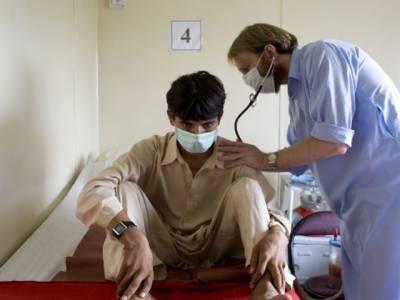 نیشنل ٹی بی کنڑول پروگرام کے مطابق پنجاب میں روزانہ چارسومریضوں میں ٹی بی کی علامات پیدا ہورہی ہیں جو کہ ایک خطرناک اعدادوشمارہیں۔