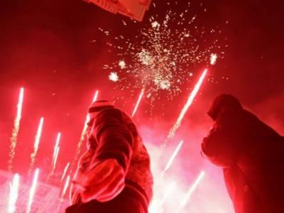 دنیا بھر کے مختلف ممالک کی طرح امریکہ کے چائنہ ٹاؤن میں بھی نئے چینی سال کی آمد کے موقع پر آسمان دلکش آتش بازی سے جگمگا اٹھا۔