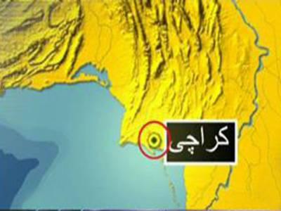 کراچی: سپرہائی وے پر بس اورٹرک کے درمیان تصادم, پانچ افراد جاں بحق, تیس زخمی.