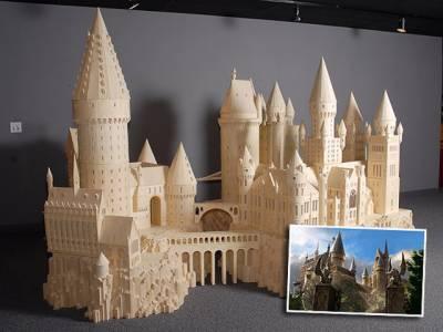 ہالی ووڈ فلم ہیری پورٹرکے مداحوں کے لیے خوشخبری،امریکی آرٹسٹ نے چار لاکھ لیگو بلاکس کی مددسے جادوئی سکول ہوگورٹس کا ماڈل تیارکرلیا