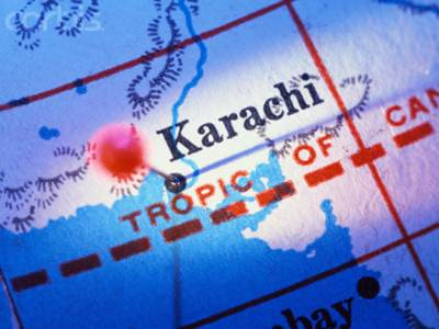 کراچی کے مختلف علاقوں میں فائرنگ اور پرتشدد واقعات میں پانچ افراد جاں بحق ہوگئے،سعید آباد پولیس ٹریننگ سینٹر کے قریب ہوٹل پر کریکر حملے میں دو افراد زخمی ہوئے