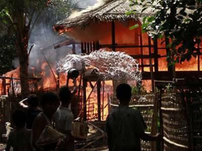 میانمار میں مساجد اور مسمانوں کی املاک کو جلانے کا سلسلہ جاری، تشدد کے خاتمے کے لیے ملک کے نو مقامات پر کرفیو نافذ کردیا گیا.