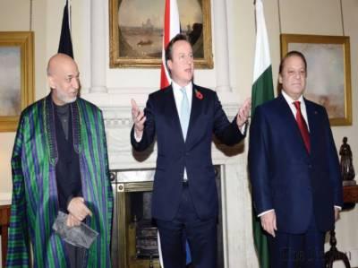 پاکستان، افغانستان اور برطانیہ کے مابین ہونیوالے سہ فریقی اجلاس میں وزیراعظم نوازشریف، برطانوی ہم منصب ڈیوڈ کیمرون اور افغان صدر حامد کرزئی نے افغان امن کیلئے تعاون جاری رکھنے کے عزم کا اعادہ کیا.