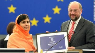 ملالہ یوسفزئی یورپی یونین کا سخاروف ایوارڈ حاصل کرنے والی پہلی پاکستانی بن گئیں