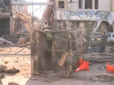 بلوچستان اور فاٹا یکے بعد دیگرے دھماکوں سے گونج اٹھے، بلوچستان دھماکوں میں تین افراد جاں بحق اور بارہ زخمی ہو گئے جبکہ لنڈی کوتل میں دھماکے میں دو افراد جاں بحق پچیس افراد زخمی ہوئے۔
