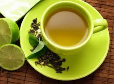 سبز چائے نہ صرف نظام انہضام کو بہتر بناتی ہے بلکہ دانتوں کو مضبوط بھی کرتی ہے۔