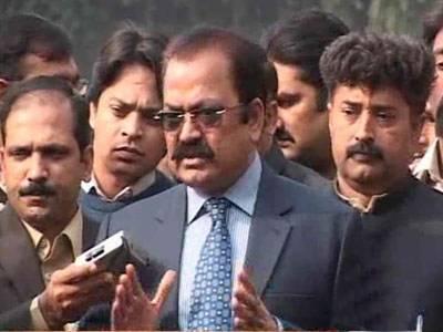 وزیر قانون پنجاب رانا ثنااللہ نے کہا ہے کہ ملکی سلامتی کو یقینی بنانے کیلئے طالبان کو کچلنے کا وقت آ گیا ہے۔