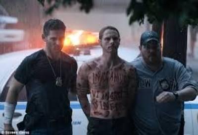 خوف،دہشت اور سنسنی سے بھرپور جرائم کی عکاسی کرتی ہالی ووڈ فلم ڈیلیور اس فرام ایول کا انٹرنیشنل ٹریلر جاری کر دیا گی