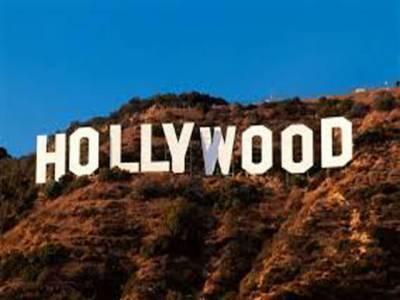 ہالی ووڈ کی نئی کامیڈی اور ڈرامہ سے بھرپور فلموں روز واٹراورہاریبل باسسز ٹو کی پریمیئر محفل میں فلمی ستاروں کی شرکت نے جہاں تقریب کی رونقیں دوبالا کردی