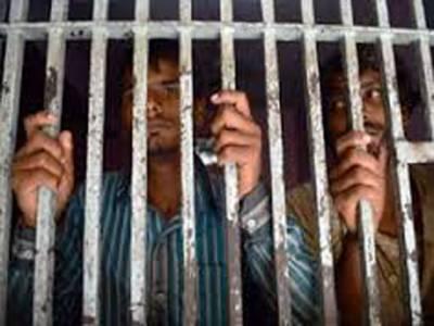 کراچی میں میری ٹائم سیکورٹی ایجنسی کی پاکستانی سمندری حدود میں خلاف ورزی کرنے والے بھارتی ماہی گیروں کے خلاف کارروائی کر کے 61 بھارتی ماہی گیروں کو گرفتار کر لیا گیا