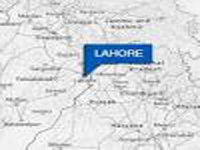 کراچی کے علاقے صدر الیکٹرانک مارکیٹ میں گیس سلنڈر پھٹنے سے دو افراد جاں بحق ہوگئے جبکہ پولیس اہلکار سمیت پانچ افراد زخمی ہوگئے۔