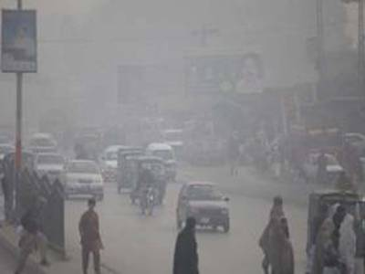 محکمہ موسمیات کا کہنا ہےکہ آئندہ دو سے تین روزکے دوران ملک کے بیشتر میدانی علاقوں میں موسم خشک اور سرد رہے گا تاہم سندھ اور بلوچستان میں سردی کی شدت میں اضافہ متوقع ہے،