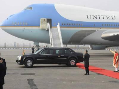 امریکی صدر اوبامہ کی گاڑی بیسٹ یعنی درندہ دنیا کی محفوظ ترین کار ہے ، گاڑی پر نہ بم اثر کرتا ہے نہ میزائل اور گنجائش ہے اس میں آٹھ سواریوں کی ،تیئس جنوری یعنی اوبامہ کی آمد سے دو دن قبل بھارت دارالحکومت نئی دہلی پہنچ گئی تھی