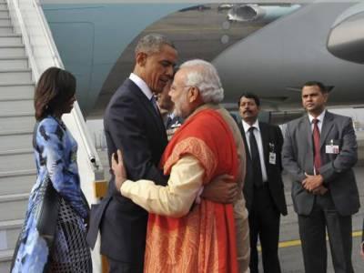 امریکی صدر باراک اوباما بھارت کے تین روزہ دورے پر نئی دلی پہنچ گئے، دورے کےدوران تجارت اور دفاع کےمعاہدوں پر دستخط کیے جائیں گے