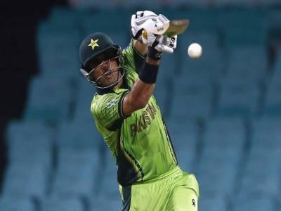پاکستانی کپتان مصباح الحق نے بھارت کے خلاف میدان میں اتر کر پہلا منفرد ریکارڈ اپنے نام کرلیا