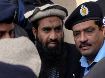 اسلام آباد ہائیکورٹ نے ذکی الرحمان لکھوی کی نظربندی کیخلاف درخواست پر سیکرٹری داخلہ اور ڈپٹی کمشنر اوکاڑہ کو ذاتی حیثیت میں طلب کرلیا