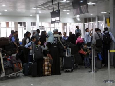 یمن میں حوثی باغیوں کے خلاف سعودی فضائیہ کی کارروائیاں جاری, 600 پاکستانی صنعا سے بحفاظت حدیدہ پہنچ گئے