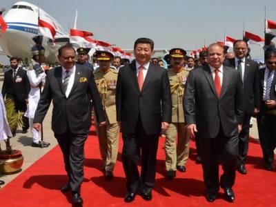 چین کے صدر شی چن پنگ پاکستان کے دو روزہ تاریخی دورے پر اسلام آباد پہنچ گئے, جے ایف 17 تھنڈرطیاروں نے سلامی پیش کی