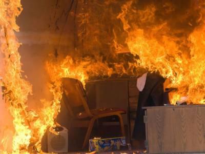 لاہور میں شارٹ سرکٹ کے باعث گھر میں موجود چھے ننھی کلیاں جل کر خاک ہو گئیں