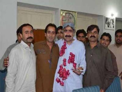 سہیل انورسیال نےسندھ کےوزیرداخلہ کی حیثیت سےحلف اٹھالیا:کراچی