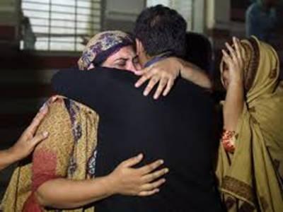 کراچی میں گرمی سے ہلاک ہونے والوں کی تعداد180 سے تجاوز کرگئیں ایدھی سینٹر میں لاشیں رکھنے کی جگہ کم پڑ گئی