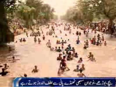لاہوریوں نے چھٹی کا دن نہر کنارے گزار
