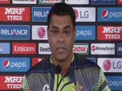 قومی کرکٹ ٹیم کے ہیڈ کوچ نے محمد حفیظ کے باؤلنگ ایکشن رپورٹ ہونے کو بڑا دھچکہ قرار دے دیا