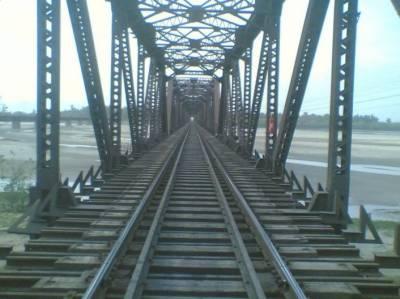 8 سال گزر گئے، 159 انتہائی خطرناک ریلوے پلوں کی مرمت مکمل نہ ہوئی