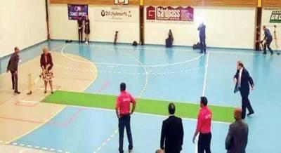 وزیراعظم نے نارویجن ہم منصب کے ساتھ خواتین کی ٹیم سے کرکٹ کھیلی