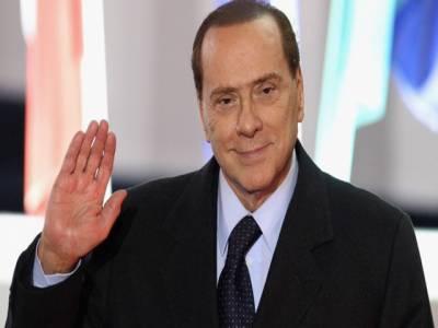 اٹلی کے سابق وزیر اعظم سلویو برلسکونی کو رشوت ستانی کے مقدمے میں تین برس قید کی سزا سنا دی گئی