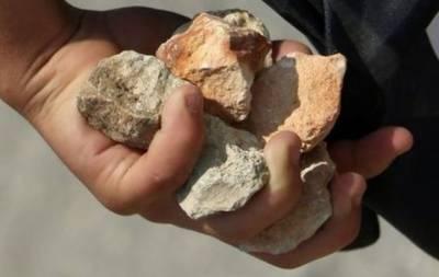لڑائی کے دوران باپ کی گود میں پتھر لگنے سے زخمی شیر خوار بچہ دم توڑ گیا
