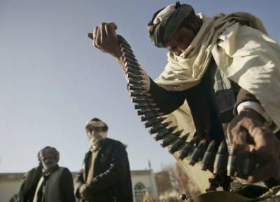 کالعدم تنظیم کے چار فراریوں نے ساٹھ ساتھیوں سمیت ہتھیار ڈالتے ہوئے ریاست کے خلاف کارروائیاں بند کرنے کا عزم کیا ہے۔