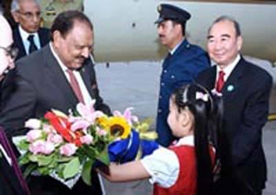 صدرمملکت ممنون حسین نے بیجنگ میں چینی ہم منصب شی جن پنگ سے ملاقات کی