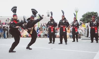 یوم دفاع کے موقع پر واہگہ بارڈر پر پرچم کشائی کی پروقار تقریب
