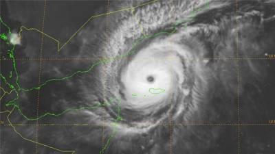 .سمندری طوفان چپالہ یمن کے جزیرے سکوترا سے ٹکرا گیا۔