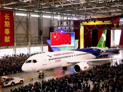 چین کا ہوا بازی کے شعبے میں مقامی سطح پر پہلا مسافر طیارہ تیار