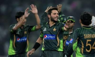 پاکستان کرکٹ بورڈ کا انگلینڈ کیخلاف ٹی ٹوئنٹی سیریز کیلئے سولہ رکنی اسکواڈ کا اعلان