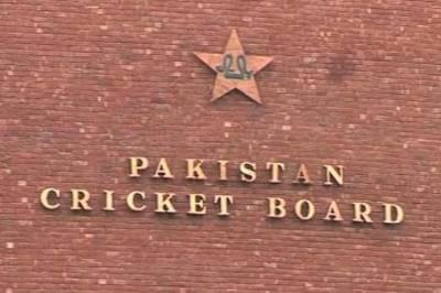 پی سی بی نے انگلینڈ لائنز کے خلاف ٹی ٹونٹی میچز کی سیریز کے لئے سولہ رکنی پاکستان اے ٹیم کا اعلان کر دیا۔
