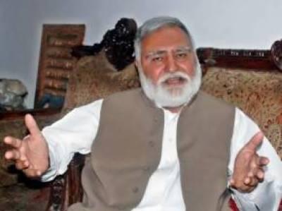 بنوں میں وفاقی وزیراکرم خان درانی کےقافلےکے قریب دھماکہ ،2 افراد جاں بحق
