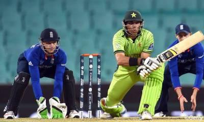 پاکستان اور انگلینڈ کے درمیان تیسرا اور آخری ٹی ٹوئنٹی آج شارجہ میں کھیلا جائیگا