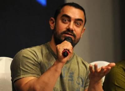 انتہاپسندوں نے اداکار عامر خان کوتھپڑ مارنے کیلئے آن لائن گیم بنادی